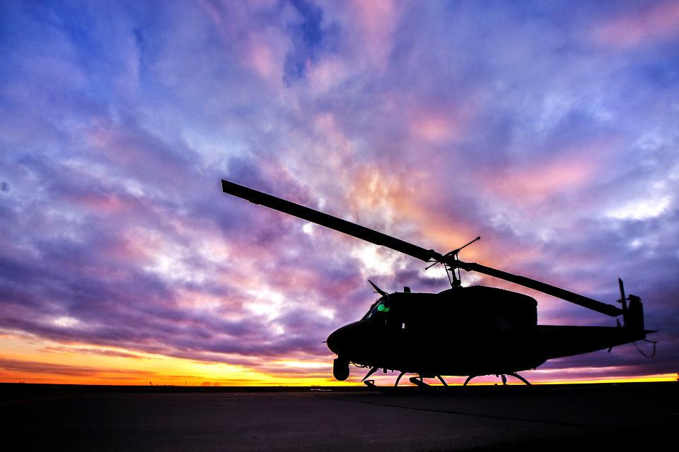 UH-1N直升机
