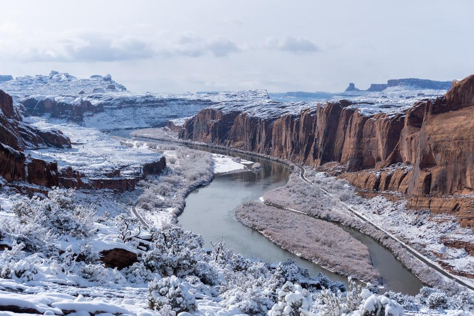 snowy river view from Moab rim trail