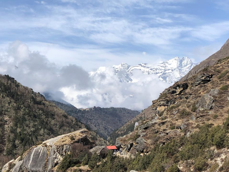 Himalayas trail on the way to Everest base camp