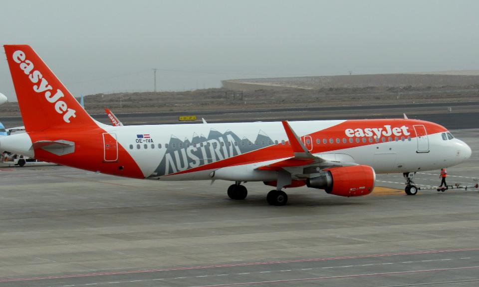 Austrian base EasyJet Airline