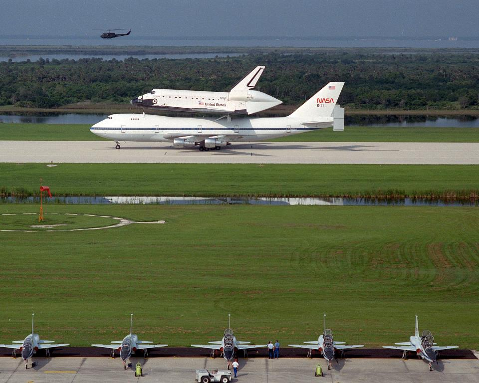 Endeavour, arrived at Kennedy Space Center