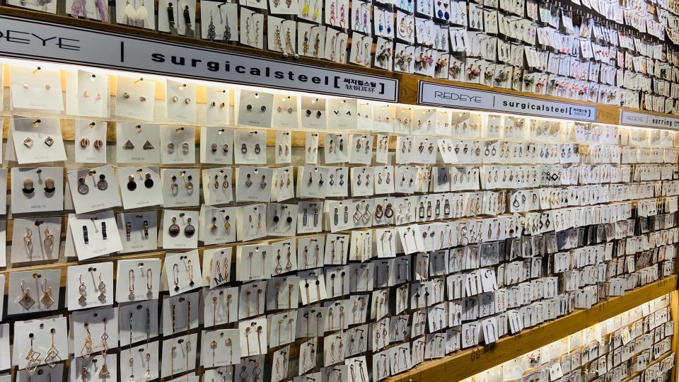 配件商店板条墙展示架