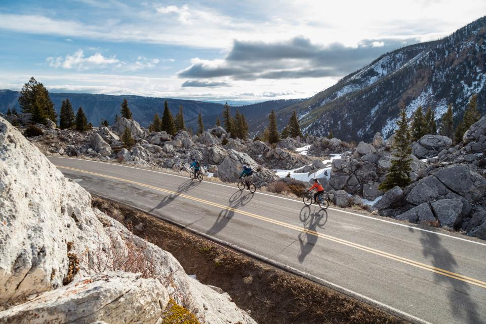 Cycling in Yellowstone National Park