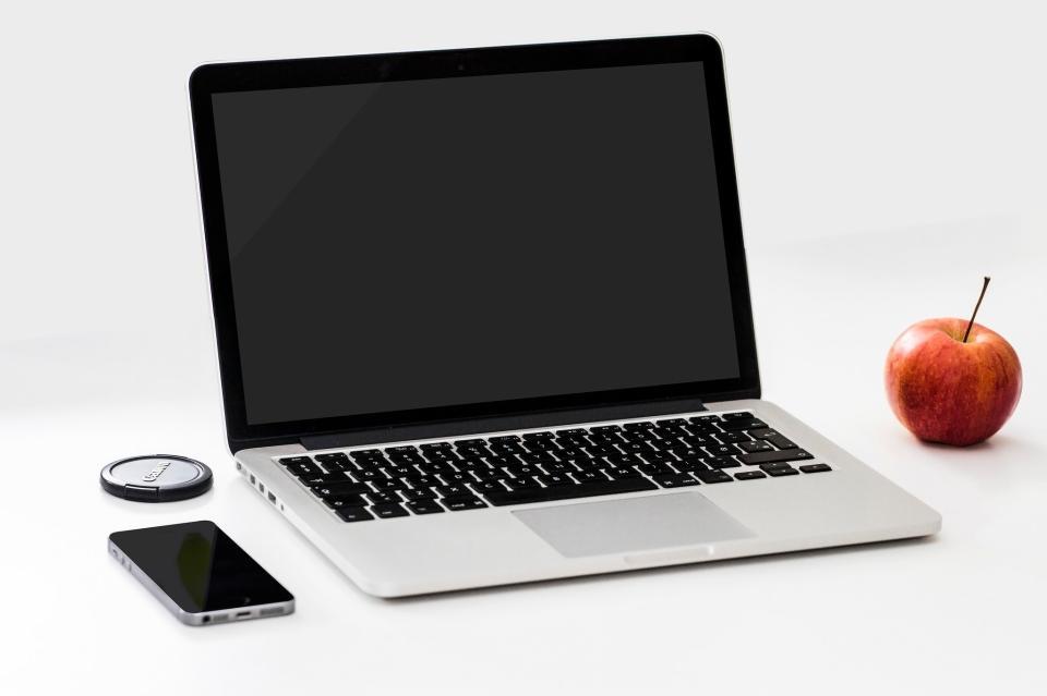 苹果MacBook笔记本电脑
