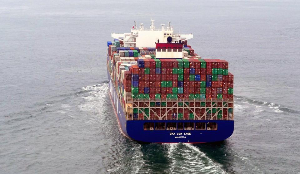 集装箱货船